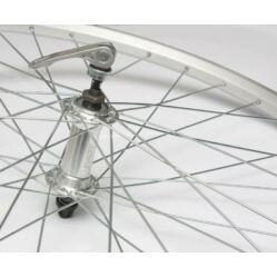 Remerx - Assess 26-os (559mm) MTB első kerék, gyorszáras tengellyel, ezüst